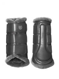 Equestrian Stockholm SS'21 Silver Cloud brushing boots
